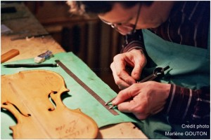 luthier travail